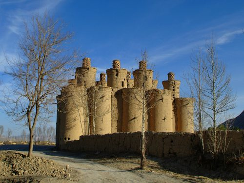 pigeon-towers-in-isfahan